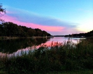 pink sky over water at combsberry inn in oxford md